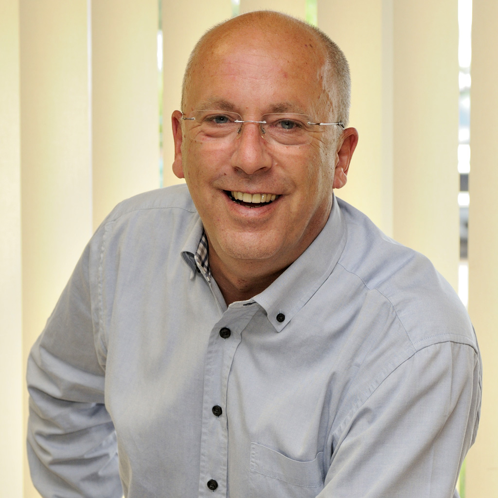 J. Renz : Geschäftsleitung